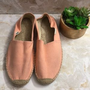 🎃Soludos espadrilles peach sz 9 like new